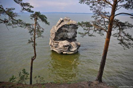 Скала Шайтан-камень