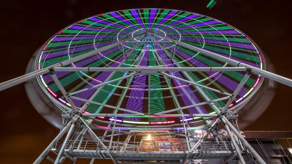 колесо обозрения челябинск мегаполис фото фотопринтеры заправляются